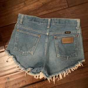 vintage cur off wranglers (perf for 4th of july)